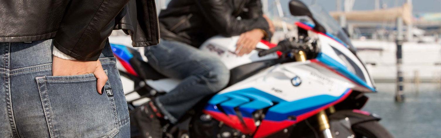 Ricambi standard e ricambi custom per moto